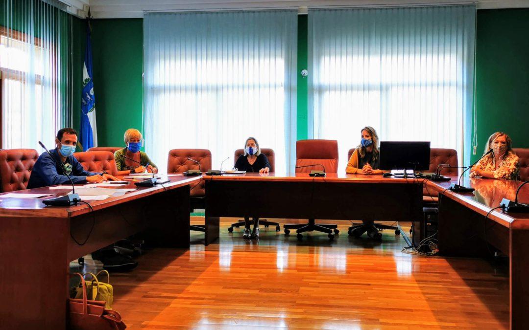 Reunión con la Comisión de Acción Social